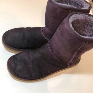 Uggs purple size 9 women's